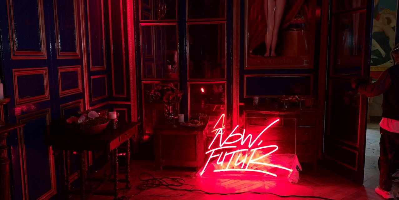 Logo Led Neon personnalisé Now Futur