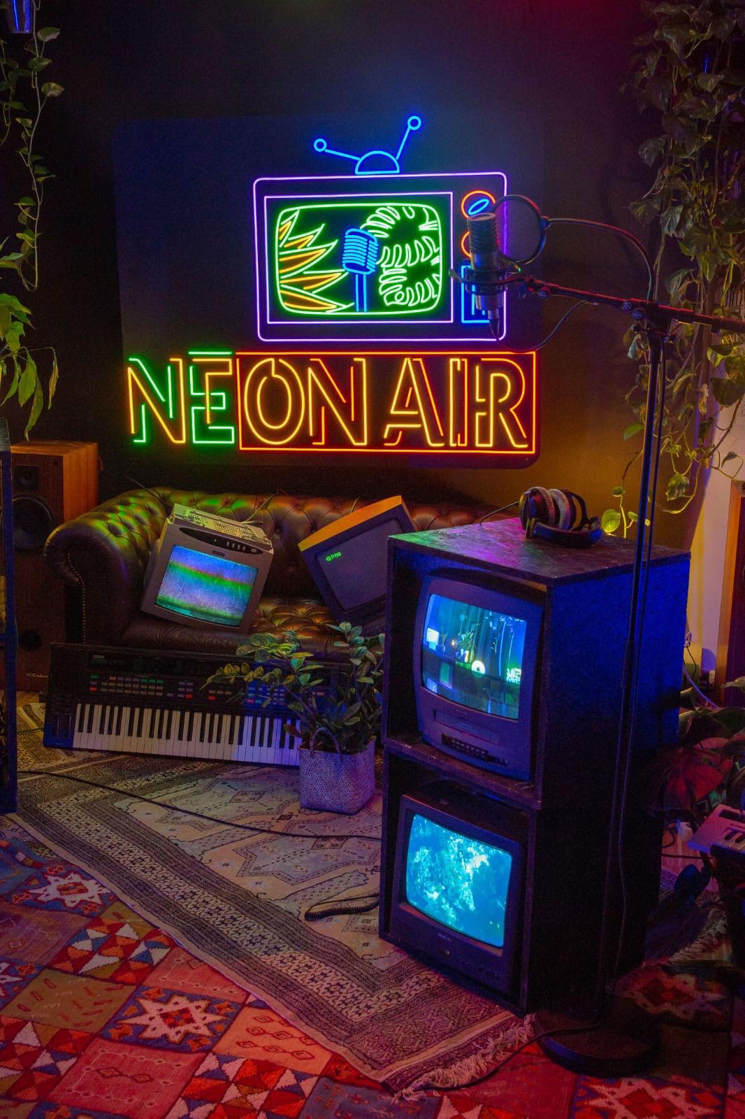 Enseigne-LED-Neon-sur-mesure-NEON-AIR.-3
