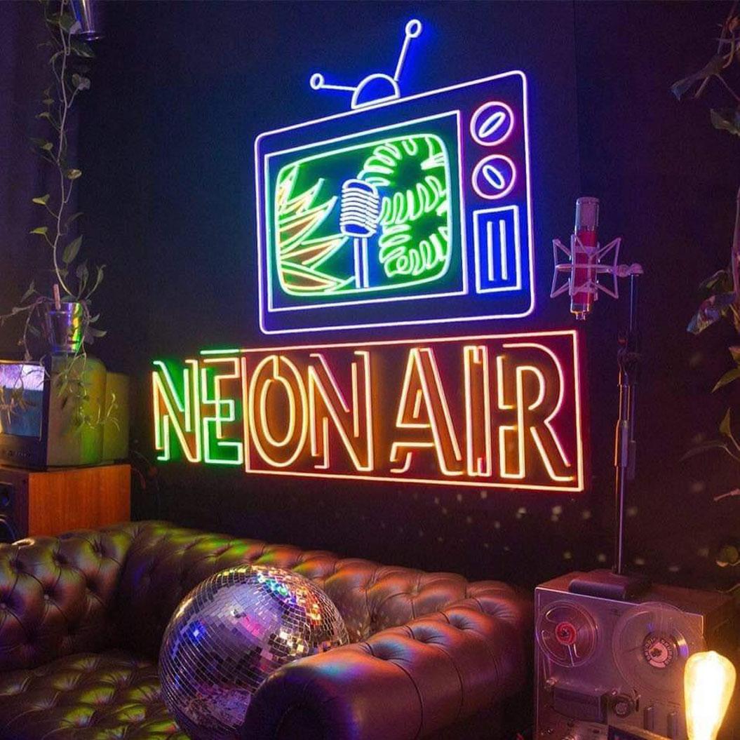 Enseigne-LED-Neon-sur-mesure-NEON-AIR