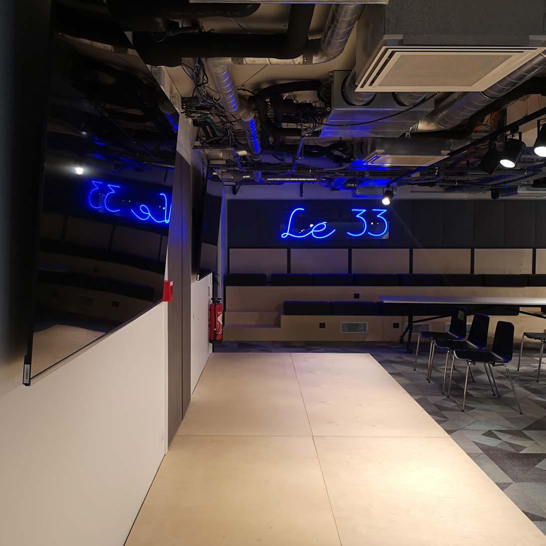 Le-33 Enseigne LED neon sur mesure 2