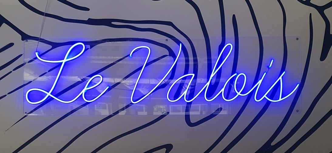 Le Valois Enseigne LED neon sur mesure