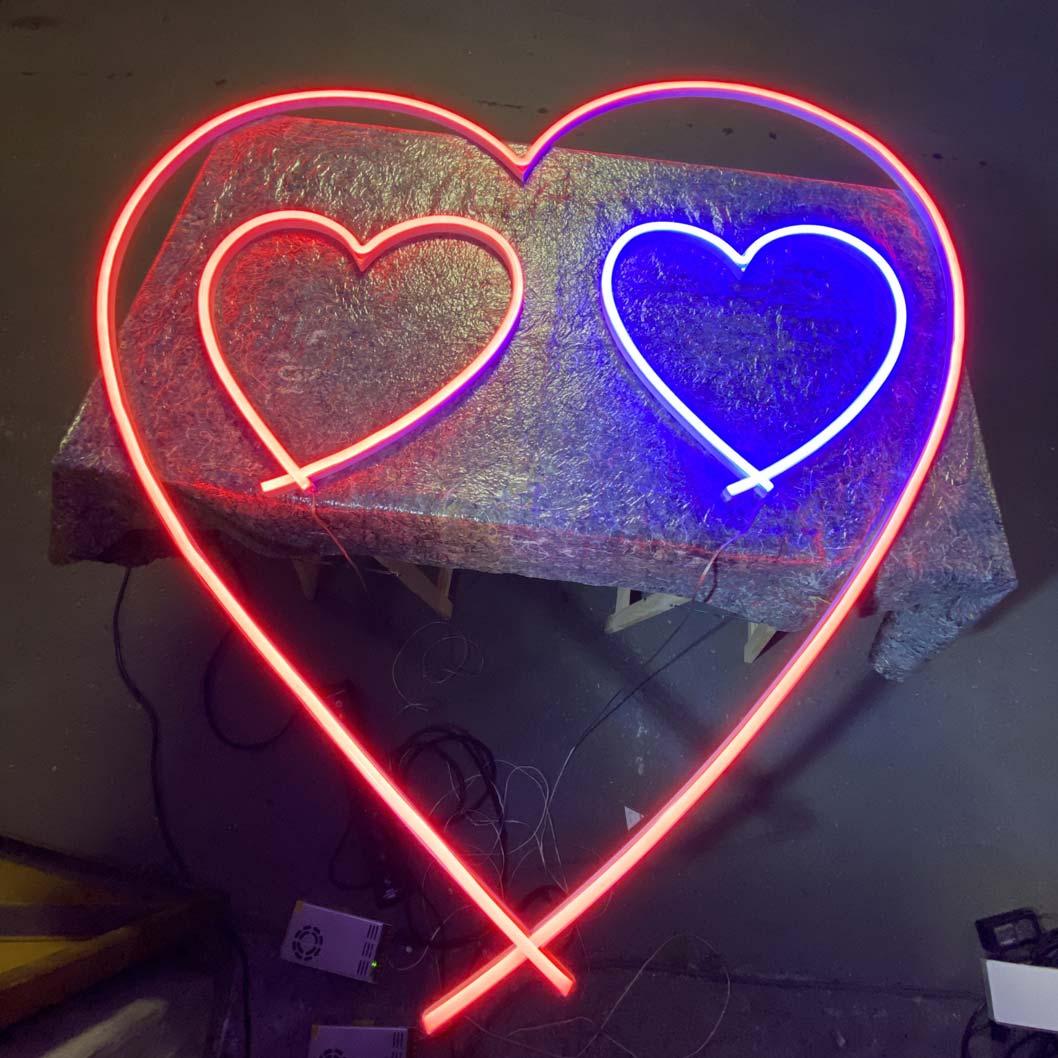 Réalisation-enseigne créative en LED Neon fer forgé pour Clip-Dior-2