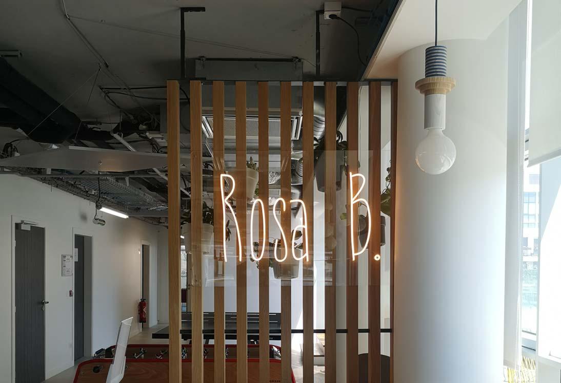 Rosa-B LED neon sur mesure
